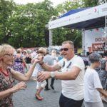 Parada Seniorów 2016 i Piknik Pokoleń 2016 fot. Magdalena Starowieyska i Darek Golik (11)
