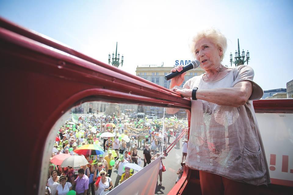 Parada Seniorów 2016 i Piknik Pokoleń 2016 fot. Magdalena Starowieyska i Darek Golik (3)