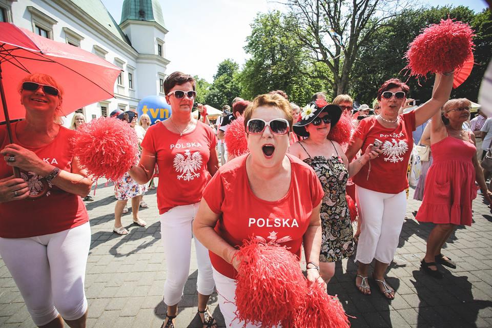Parada Seniorów 2016 i Piknik Pokoleń 2016 fot. Magdalena Starowieyska i Darek Golik (39)