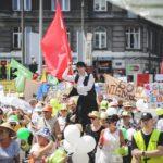 Parada Seniorów 2016 i Piknik Pokoleń 2016 fot. Magdalena Starowieyska i Darek Golik (42)