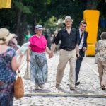 Parada Seniorów 2016 i Piknik Pokoleń 2016 fot. Magdalena Starowieyska i Darek Golik (5)