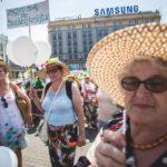 Parada Seniorów 2016 i Piknik Pokoleń 2016 fot. Magdalena Starowieyska i Darek Golik (82)