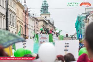 Parada-Seniorow-2017-Piknik-Pokolen-ZACZYN, fot. Magda Starowieyska (5)