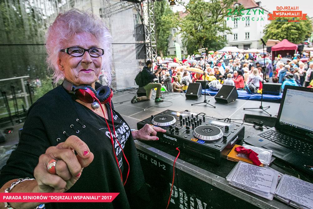 Parada-Seniorow-2017-Piknik-Pokolen-ZACZYN, fot. Magda Starowieyska (31)
